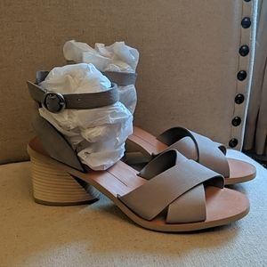Dolce Vita Women's Roman Heeled Sandals